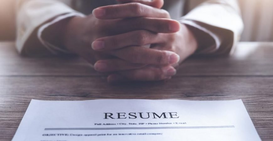 5 Ways To Handle An Employment Gap On Your Resume